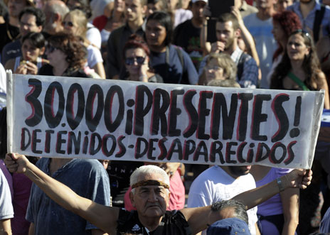 March 2013 demonstration about the 'dessaparecidos'