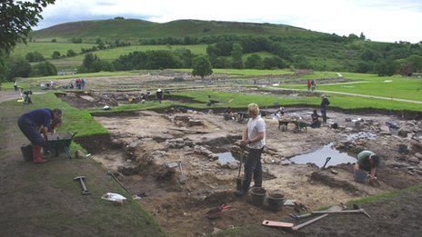 Excavations at Roman civilian settlement outside Vindolanda