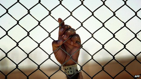 File photo of Iraqi detainee at Camp Cropper detention centre in Baghdad (21 May 2008)