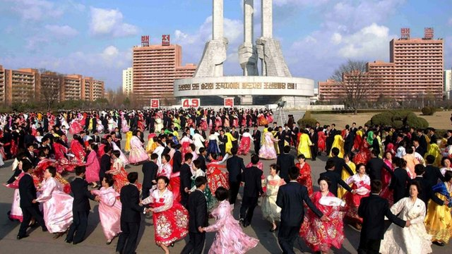 Dancing in Pyongyang
