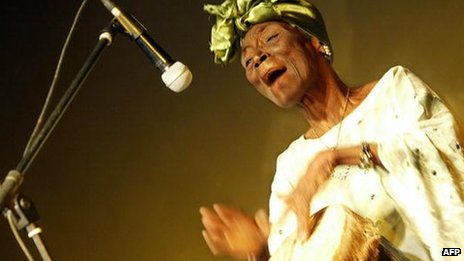 Taarab star Bi Fatuma Binti Baraka,  popularly known as Bi Kidude, performs during a show in Nairobi, Kenya 13 October 2006