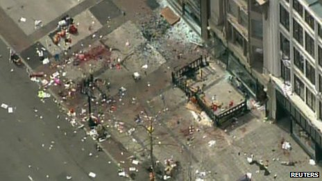 Investigators searching blast site in Boylston Street, Boston