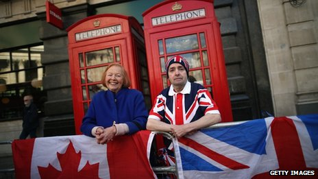 "John Loughley, 58, of Wandsworth (R) and Margaret Kittle of Winona, Canada stand outside Paul""s Cathedral as they prepare to sleep on the street overnight ahead of the funeral of former Prime Minister Margaret Thatcher"