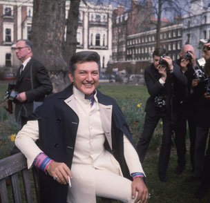 Liberace in a London park, 1960