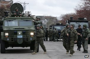 A US Swat team in Watertown, Boston, 19 April