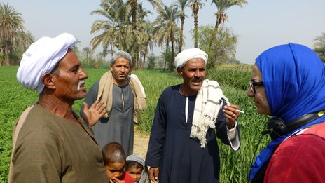 Shaimaa Khalil speaks to farmers in southern Egypt