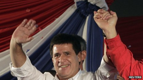 Horacio Cartes celebrates his election win