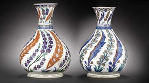16th century Iznik vases