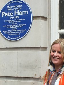 Pete Ham's daughter Petera performed the plaque unveiling