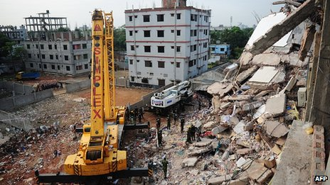 Crane at scene of collapse. 28 April 2013