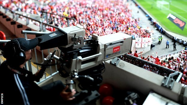 TV cameraman at Wembley Stadium