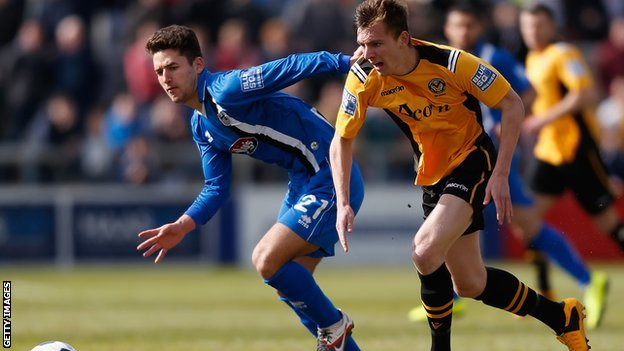 Newport County v Grimsby Town