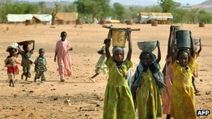 Children in Darfur refugee camp