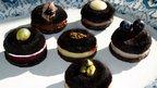 Black pudding macaroons