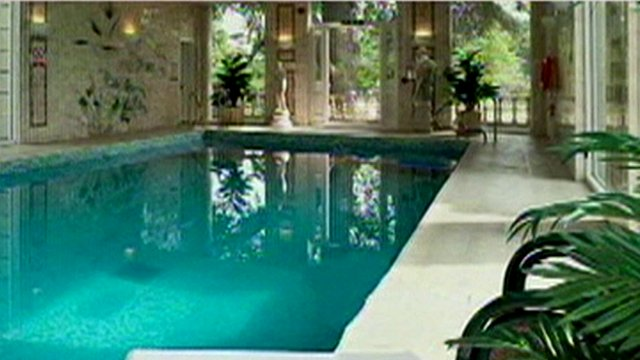 Still of hotel swimming pool