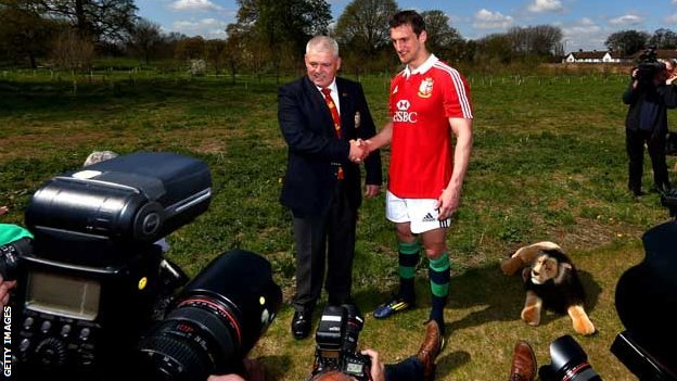 Warren Gatland and Sam Warburton in front of the cameras