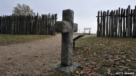 A cross in a Jamestown cemetery
