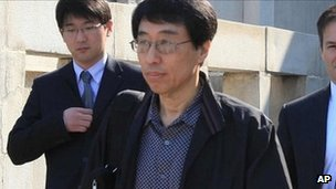 Eddie Jun Yong-su leaves North Korea (28 May 2011)
