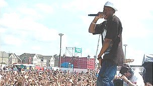 Dizzy Rascal at T4 on the Beach 2007