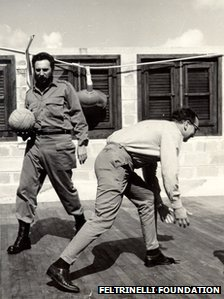 Fidel Castro and Giangiacomo Feltrinelli play basketball