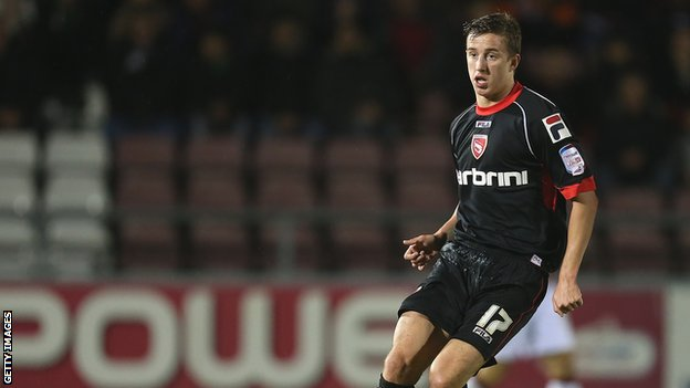 Bbc Sport Morecambe Andy Fleming Signs New Two Year