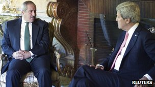 US Secretary of State John Kerry and Jordanian Foreign Minister Nasser Judeh in Rome, 9 May 2013