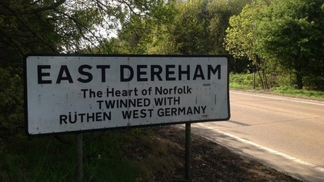 East Dereham sign
