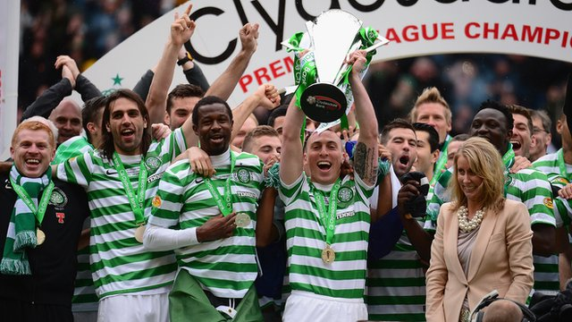 Celtic get their hands on the SPL trophy