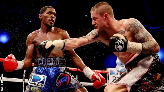Ricky Burns (right)  in action with Jose Gonzalez