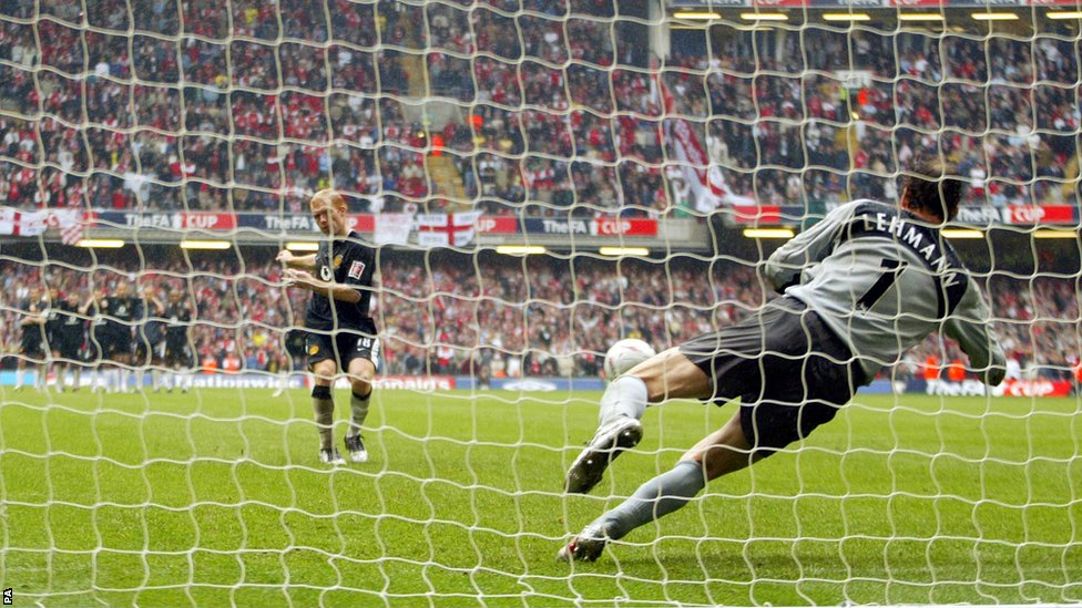 Classic Matches: Arsenal v Man Utd | FA Cup Final | 21.03.2005