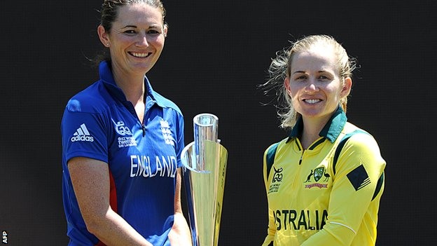 England women's captain Charlotte Edwards with Australia counterpart Jodie Fields