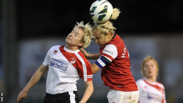 _67633100_lincoln_v_arsenal_wsl_013