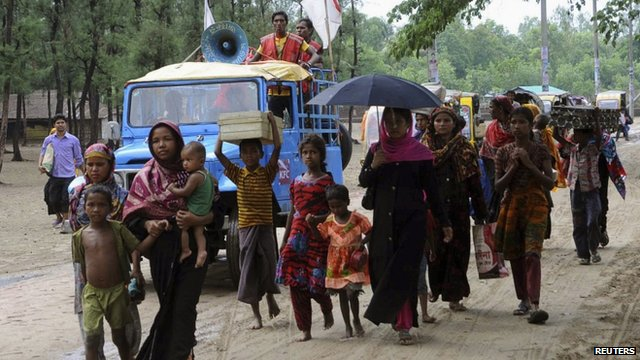 People in Cox's Bazar flee the cyclone