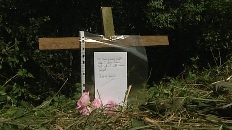 Memorial to the two killed in Somersham Road crash