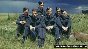 Crew of Lancaster bomber in 1943