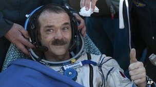 Cmdr Chris Hadfield lands in Dzhezkazgan, Kazakhstan on 14 May 2013