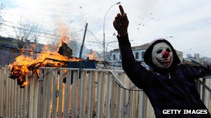 Protester at demonstration in Valparaiso, Chile (21 May 2012)
