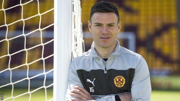 Motherwell defender Simon Ramsden
