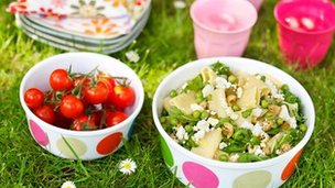 Mint feta and rocket pasta salad