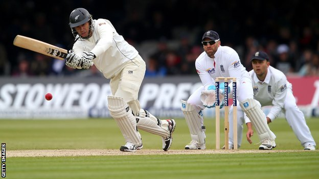 Ross Taylor plays through the leg side