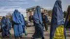 Afghan MPs halt women&#039;s law debate