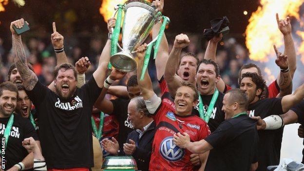Toulon celebrate