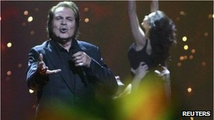 Engelbert Humperdinck performing in the Eurovision final 2012