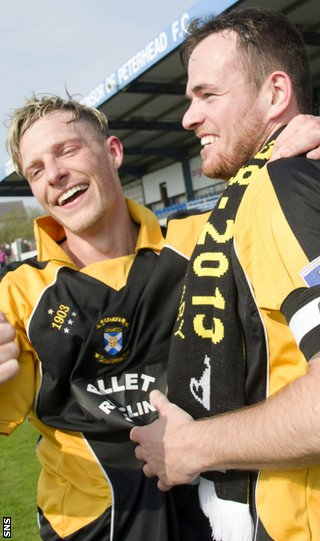 East Fife's Steven Campbell and David Muir celebrate