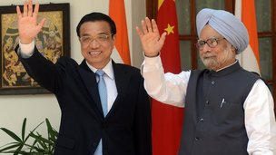 China's Premier Li Keqiang  and Indian PM Manmohan Singh in Delhi on 20 May 2013