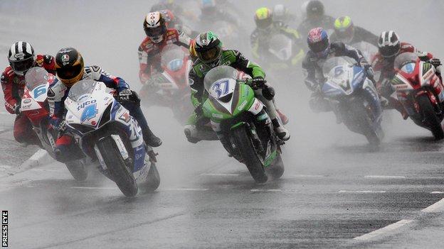 Start of main race on Saturday