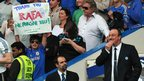 Chelsea fan holds up a banner thanking Rafa Benitez