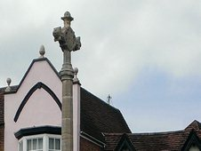 Tewkesbury Cross war memorial