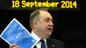 Alex Salmond with economy document
