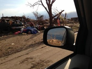 Driving through Moore next to the destroyed school.